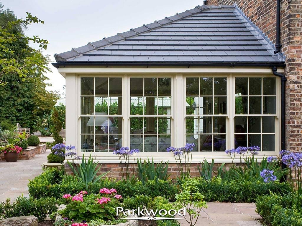 Garden rooms parkwood joinery ltd for Garden rooms uk ltd