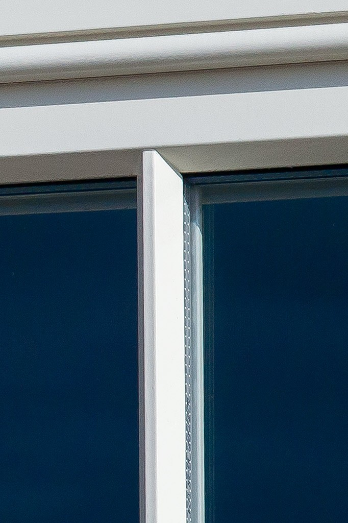 Elegant glazing bars in our Sliding sash window