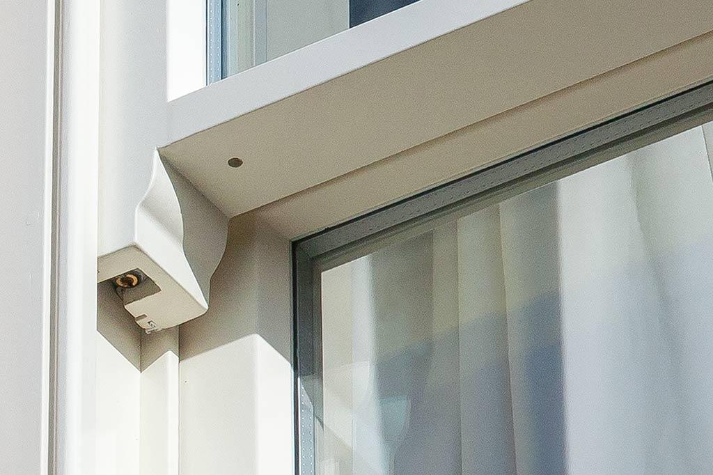 Horn detail on our Sprung balanced sliding sash windows