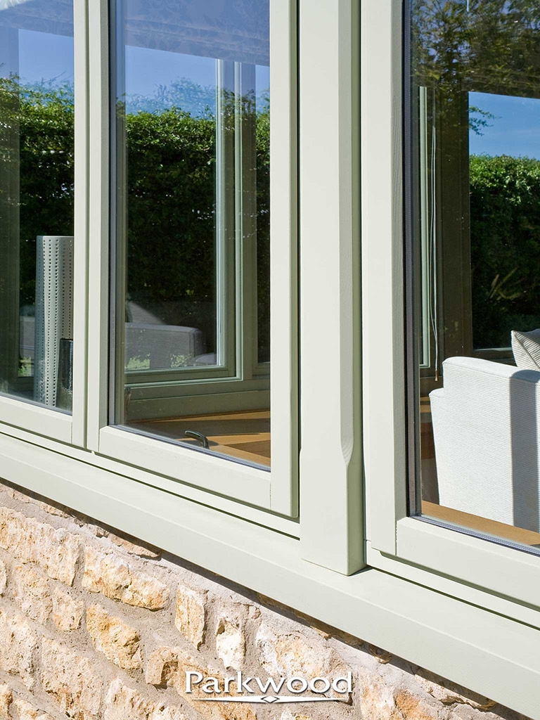 Painted timber garden rooms by Parkwood