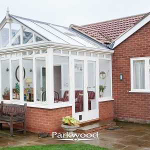 Delightful Painted Conservatory By Parkwood